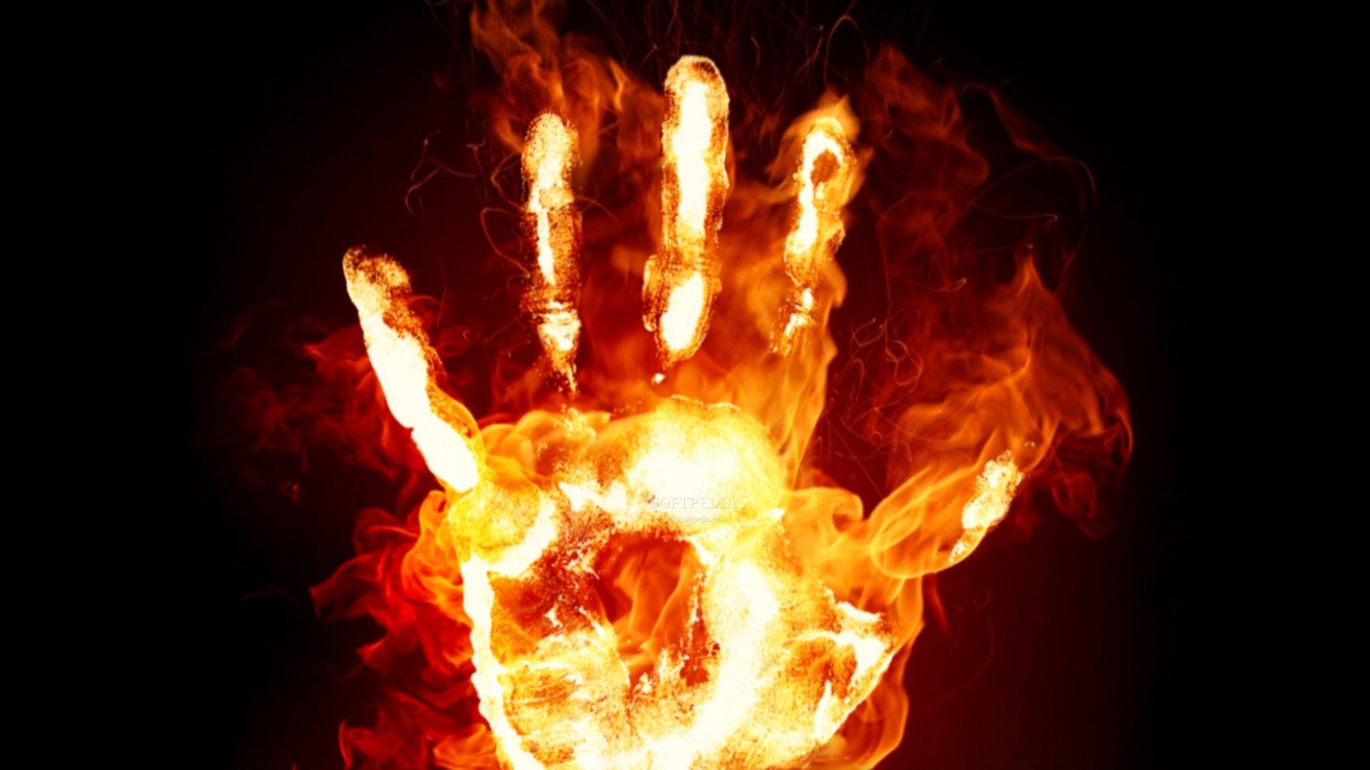 ¿Quien quiere vender su alma? Fire-Hands-Screensaver_1
